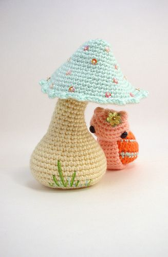 crocheted snail +