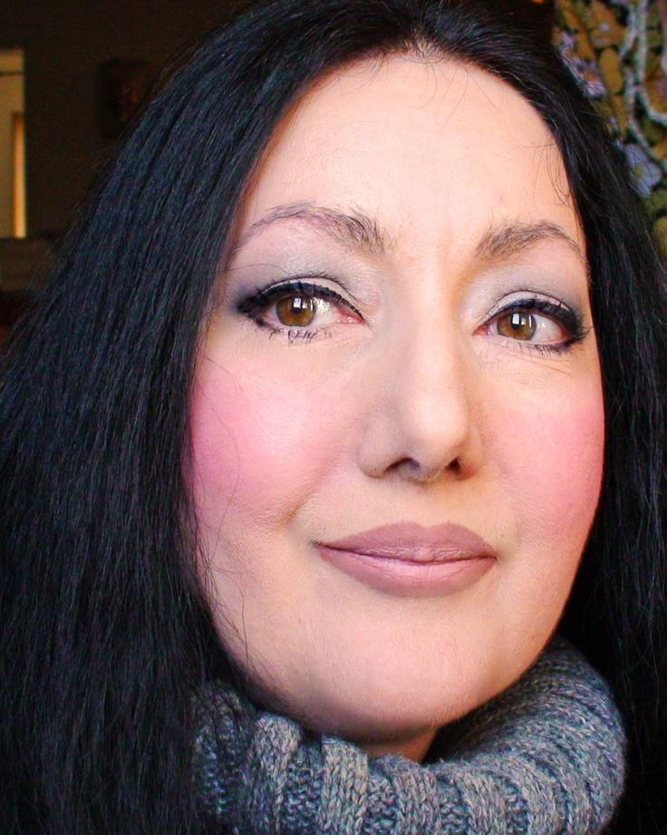 Caterina Pisu - Archeologa e museologa, Research Communication Coordinator dell'Associazione Nazionale Piccoli Musei. Attiva blogger, uno dei suoi blog più seguiti è Museums Newspaper, il blog dei professionisti museali. #InvasioniDigitali