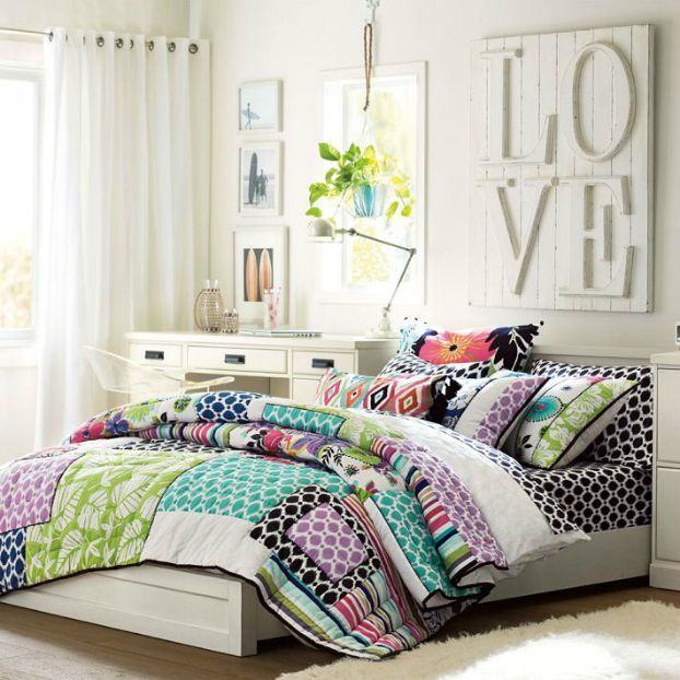 24 Teenage Girls Bedding Ideas. 56 best Teen Girl Bedrooms images on Pinterest