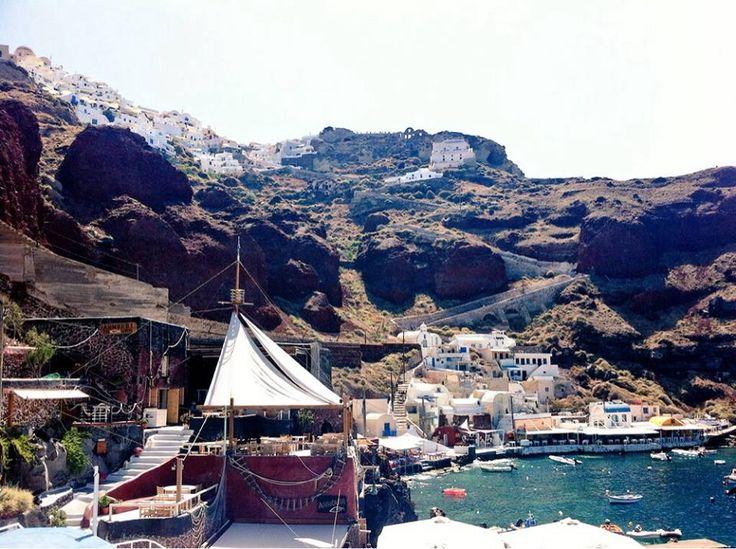 #Ammoudi #Oia #Santorini #Greece #Travel | www.santoriniplus.net