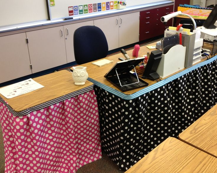 no sew table skirts staple to table edge trim with ribbon
