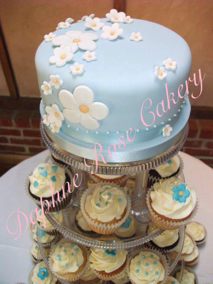 #Blue & #white #daisy #weddingcake #cupcakes email enquiry drcakery@gmail.com
