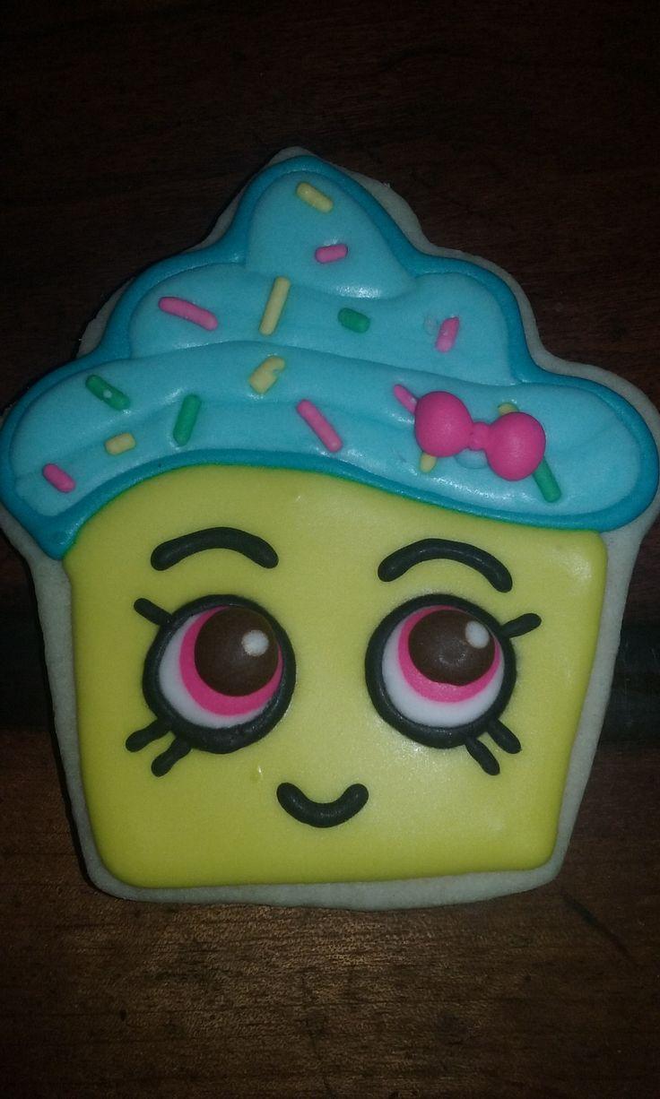 Shopkins cupcake queen cookies