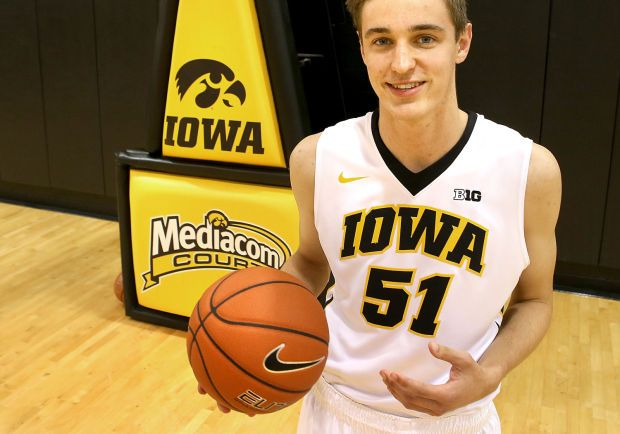 Bettendorf's Nicholas Baer thinks he has shot at playing time with Hawkeyes
