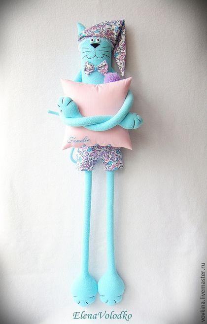 Beautoful blue cat plush toy