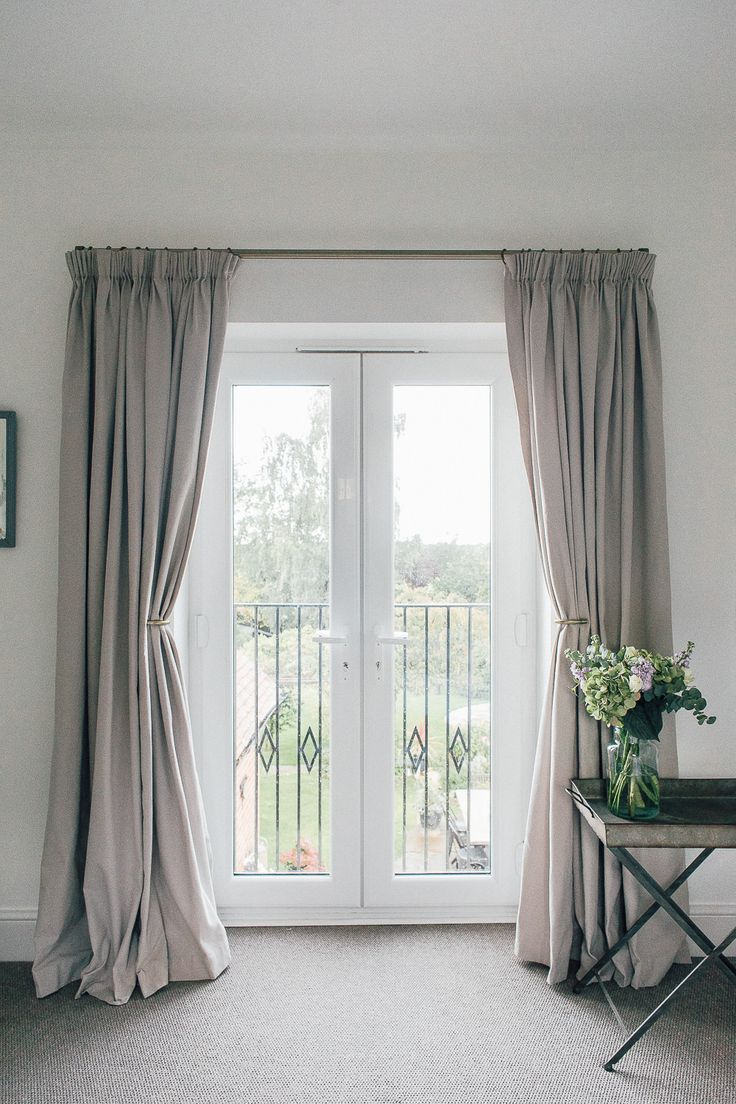 a guide to hanging curtains with laura ashley - Hanging Drapery