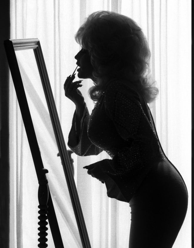 Harry Benson says this photo of Dolly Parton is one of his favorites.