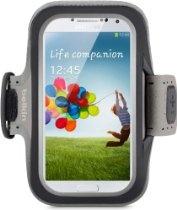 Belkin F8M558btC00 Slim-Fit Arband for Samsung Galaxy S4 - 1 Pack - Retail Packaging - Black $29.99