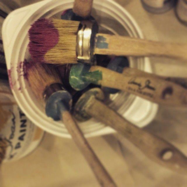 Használatban az ecsetek. Hihetetlen milyen jó ezekkel festeni:) http://www.magnoliak.hu/component/content/article/419.html