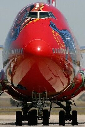 "Qantas Boeing 747-400 in ""Wunala Dreaming"" livery."