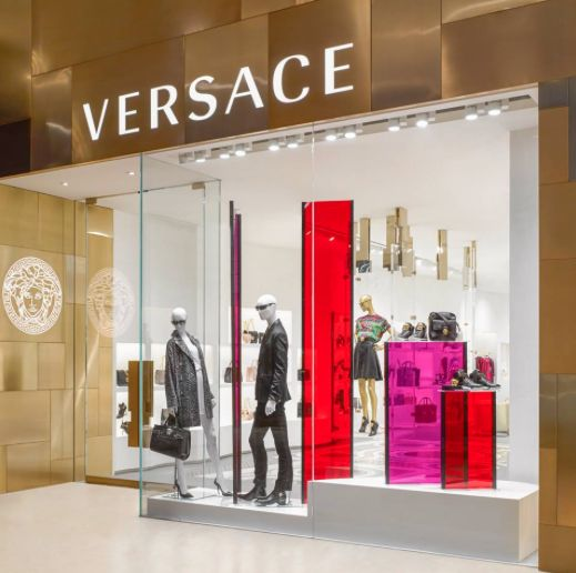 The new #Versace shop in Toronto is a meeting point between heritage and modern perspectives, featuring Byzantine mosaic in contrast with perspex walls.