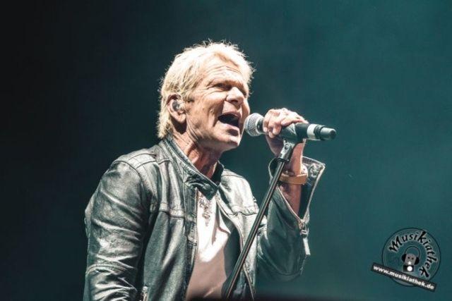 Matthias Reim live bei seinem Konzert in der Veltins Arena Gelsenkirchen 2017. Schlager bei Olé auf Schalke. Weitere Bilder findet ihr auf der Website :)  Foto: David Hennen, Musikiathek