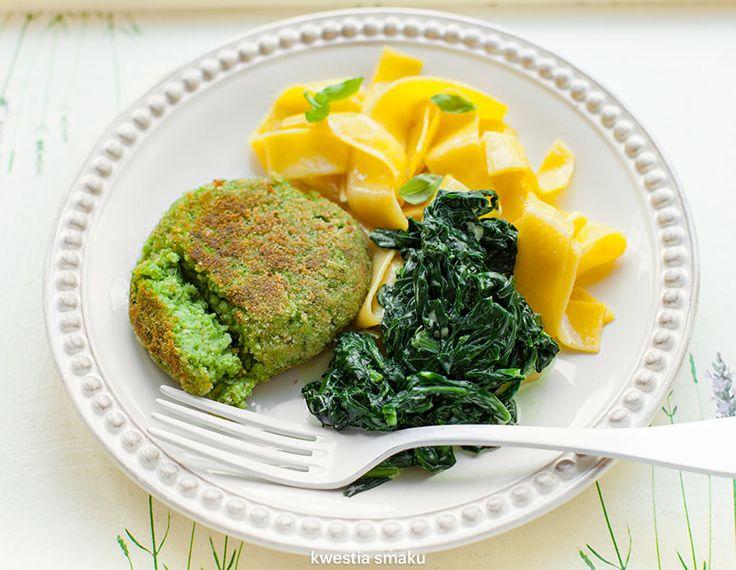 Kotlety brokułowe z kaszą jaglaną