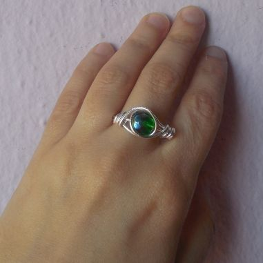 ring made by wire and bead
