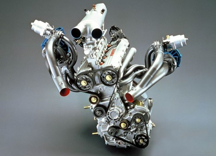 Lancia Triflux engine. A convergence point for speed, danger, engineering brilliance and staggering complexity.