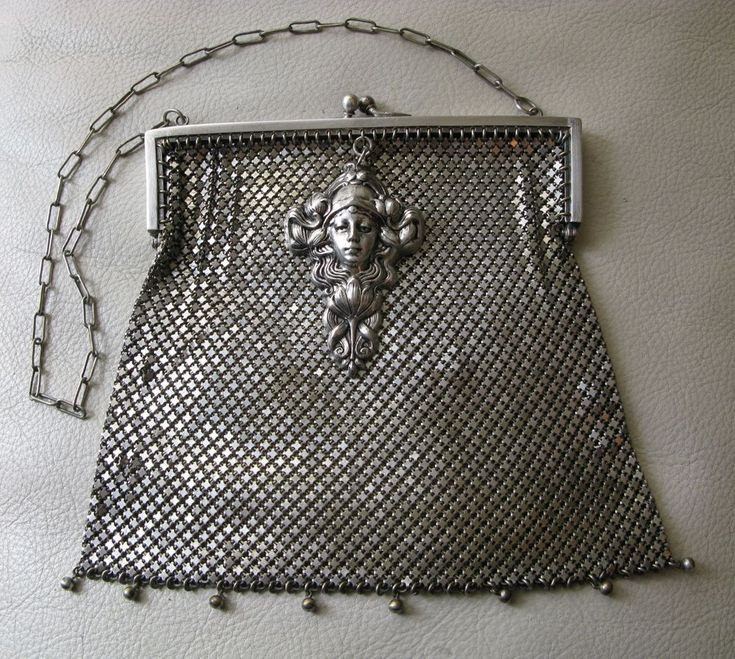 Antique Art Nouveau Deco Floral Woman Nickel Silver EPNS Chain Mail Mesh Purse #WhitingDavis #EveningBag