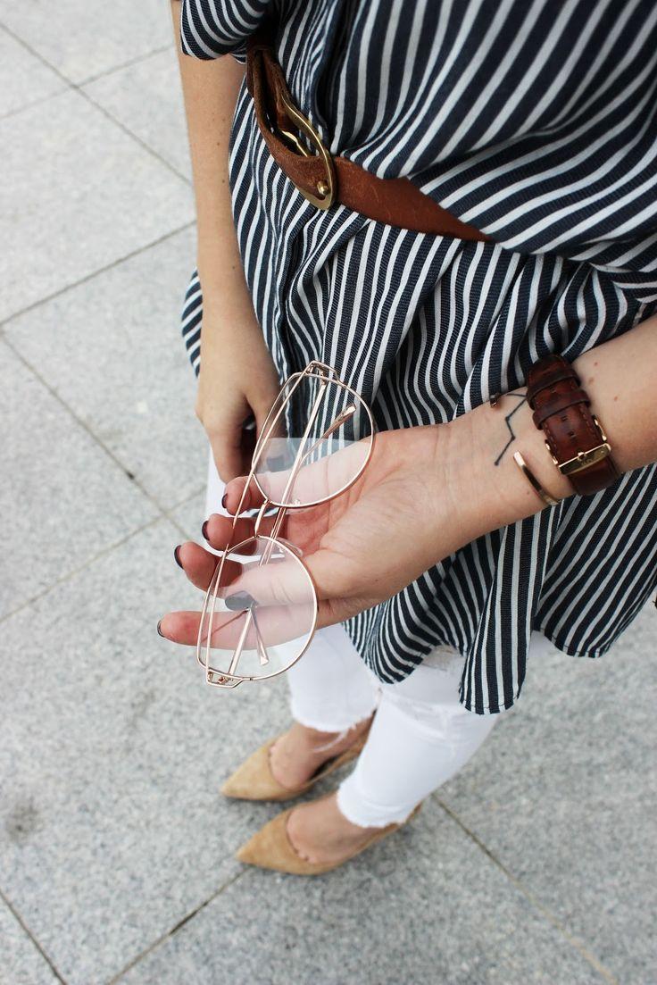 2017/05/gafas-transparentes-doradas-retro.html #gafas #retoques #transparentes #tattoo #casiopea #constelacion #transparent #eyewear #sunglasses #stripes #rayas #summer