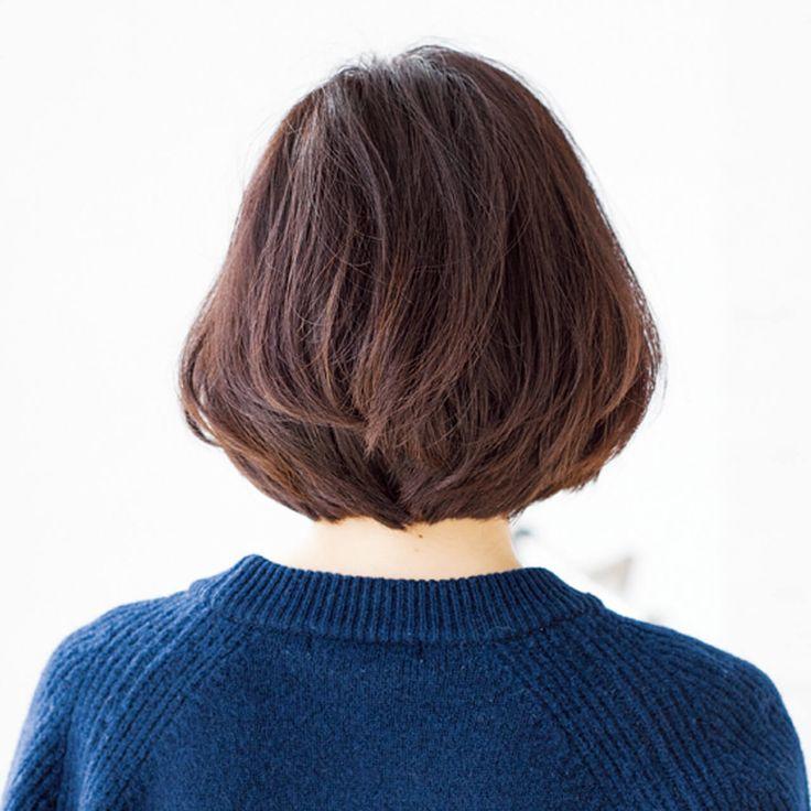 毛先の丸みが顔のリフトアップにも貢献!ベーシックにひとさじの鮮度を与えたボブスタイル。