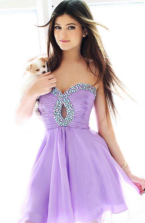 DOGGIE!!!!!!!!!!!                                    Homecoming Dresses