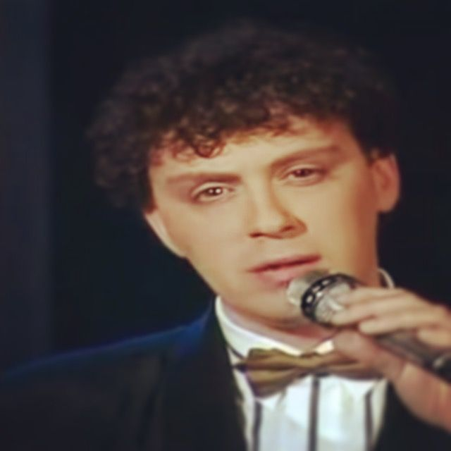 Peter Douglas (Jean-Pierre van der Sluys) (May 13, 1958) Dutch singer #Soundmixshow #HennyHuisman #Kro