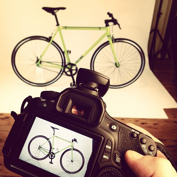 Behind the scenes CELL Bikes Messenger Fixie photo shoot!