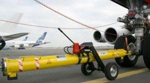 Boeing 737 towbar  - Our Boeing 737 towbar features carriage extendable via manually operated hydraulic pump for standard and universal tow bar.  - Boeing 737 Aircraft Towbars, Boeing 737 towbar, Boeing 737 Towbars, Boeing towbars