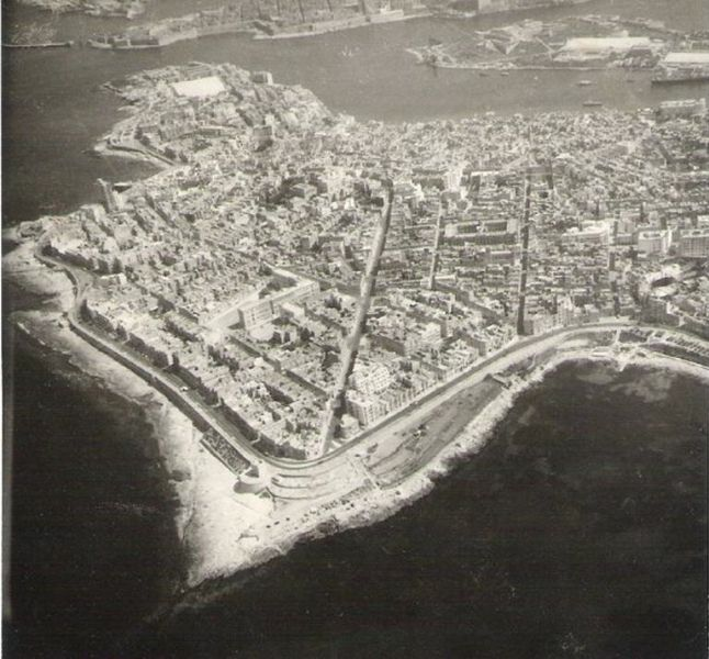 An old aerial photo of Sliema, with Manoel Island and ...
