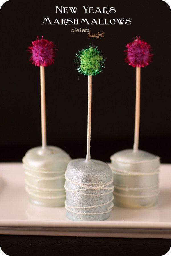 New Years Marshmallows How-To ~ White Chocolate covered Marshmallows are glammed up... Simple but Stunning!