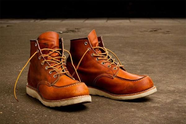 Red Wing London Moc Toe Boots 875