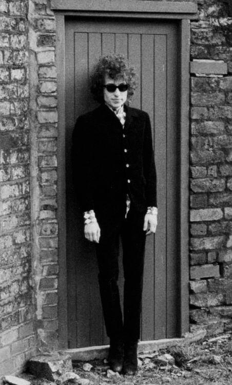 Bob Dylan. John Cooper Clarke. It's a fine line...