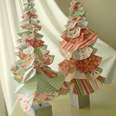 Image Detail For  DIY Paper Christmas Tree {Centerpiece Ideas} U2013 Tip Junkie  Paper . Part 74
