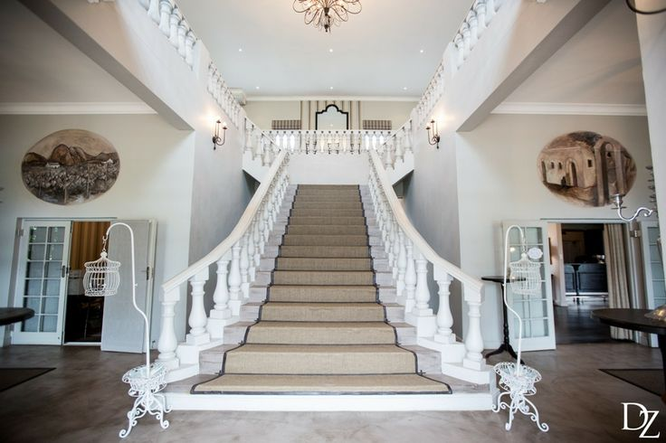 The grand staircase | Nantes Estate (Photography by Daniela Zondagh)
