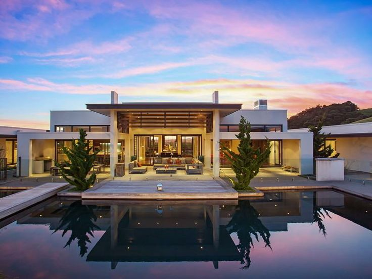 13 best contemporary home images on pinterest modern for Pool design new zealand