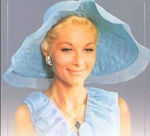 Claude Jeanne Malca Gensac (1927). Elle est née à Acy-en Multien, elle a commencé par le théâtre où elle jouait surtout des rôles dramatiques, elle a aussi fait de la télévision. Elle a été mariée à Pierre Mondy. Son premier rôle est dans : La vie d'un...