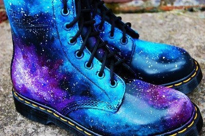 stardust docs. just needs a tardis whooshing by #drmarten #doctorwho #boots