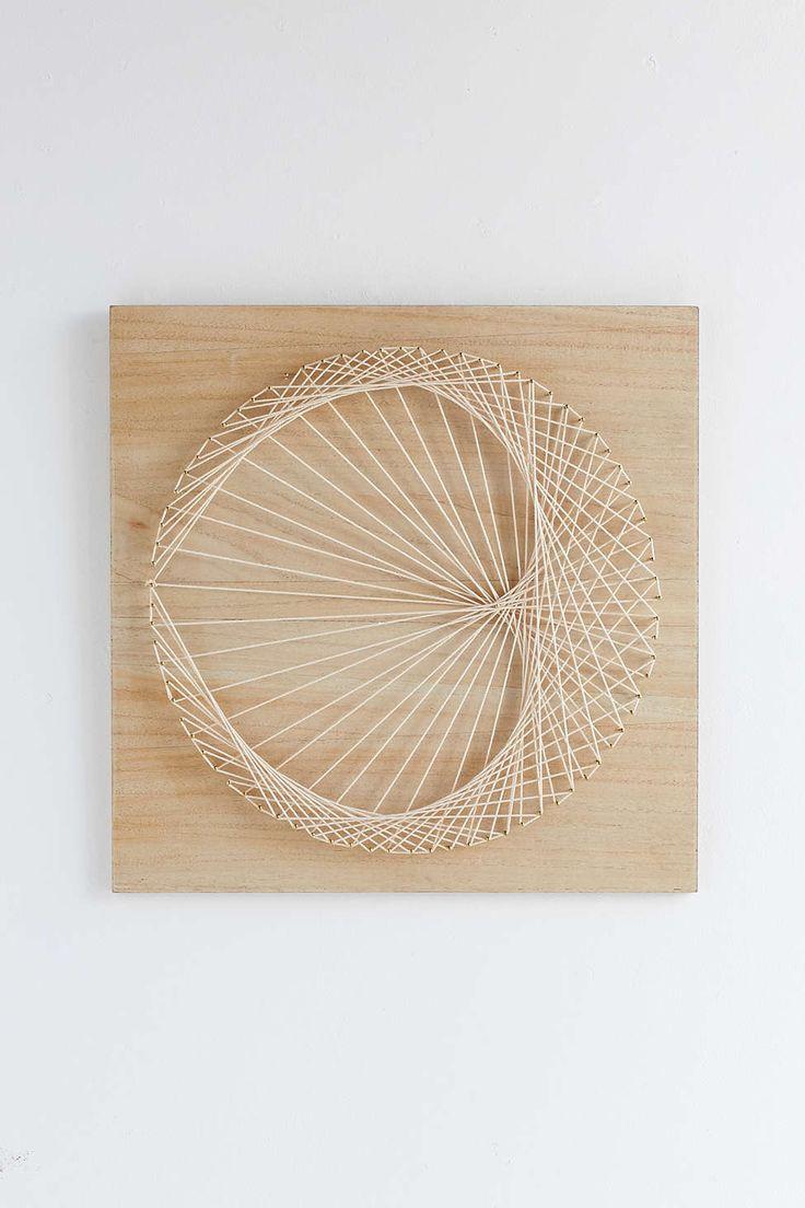 ornement mural fait de clous palm magical thinking string art pinterest ficelle tableau. Black Bedroom Furniture Sets. Home Design Ideas