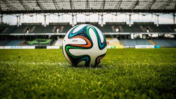 A pocas horas de dar comienzo la temporada 2017/208 de La Liga, que comienza este viernes 18 de agosto, las apuestas sobre lo que viviremos los próximos meses comienzan a sucederse. También sobre cuál será el equipo que ocupe el puesto más alto de la tabla de clasificación.Como viene siendo habitual, cada año Bing, el buscador de Microsoft, predice los resultados deportivos de importantes competiciones de fútbol antes de dar...