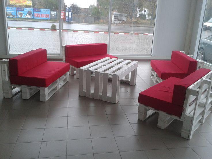 Beautiful Pallet Lobby Furniture  #lobby #officefurniture #palletcoffeetable…