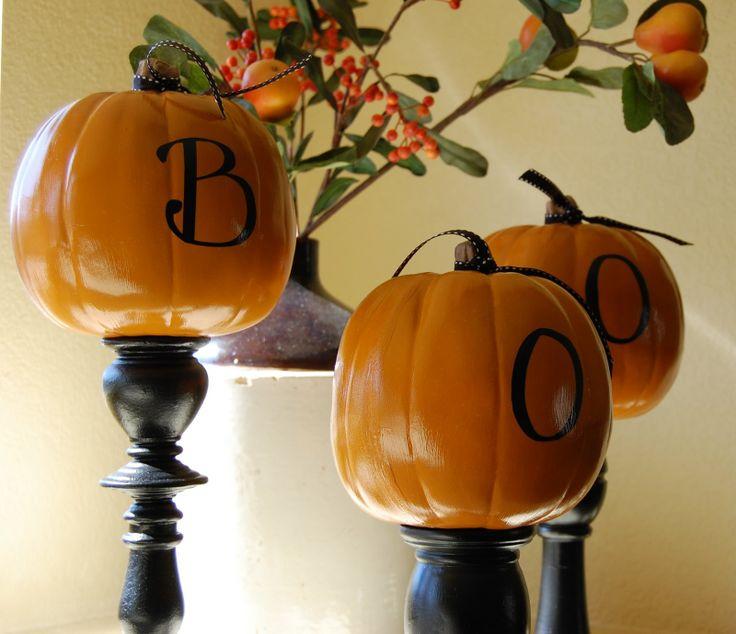 55 Best Outdoor Halloween Decorations To Spellbind Every