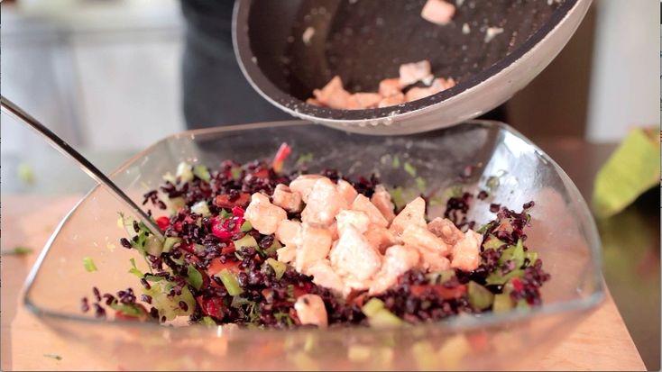 Riso Venere con salmone, zest di limone, peperoni grigliati e dadolata di sedano - Marco Bianchi
