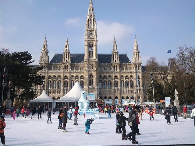Wiener Eistraum 2013 - Vienna Ice Dream