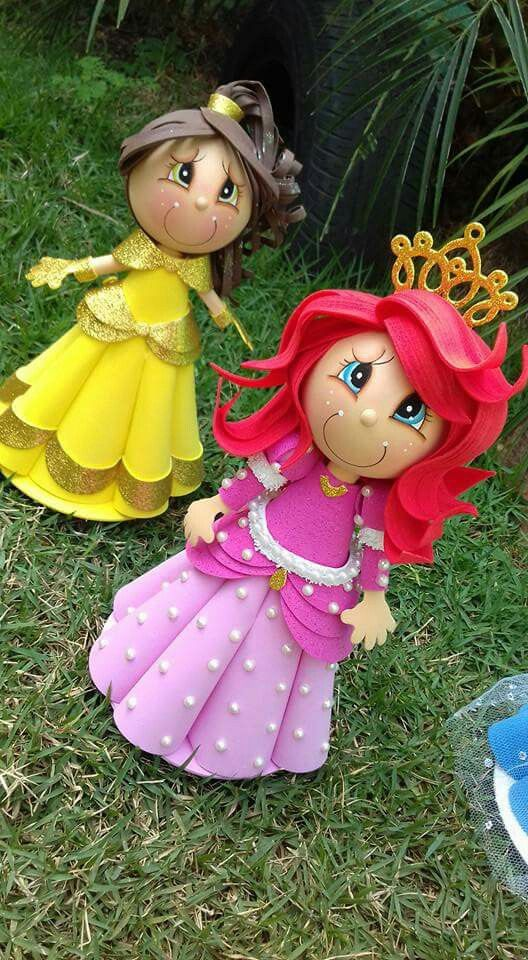hermosas fofuchas de las princesas Ariel y Bella.....