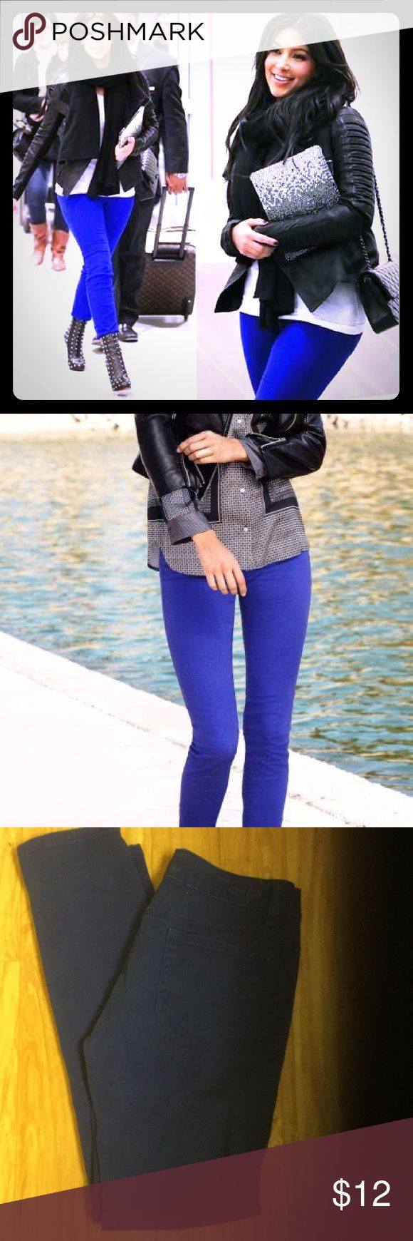 Celebrity style! royal blue jeggings 29 low rise Size 29 or juniors 9 low rise skinny jeans in gorgeous royal blue. As seen on Kim Kardashian and fashion bloggers! Color is slightly darker than first two pics but still fun and really pops! 29' waist. 30' inseam. Worn only once. Bundle to save✨ Jeans