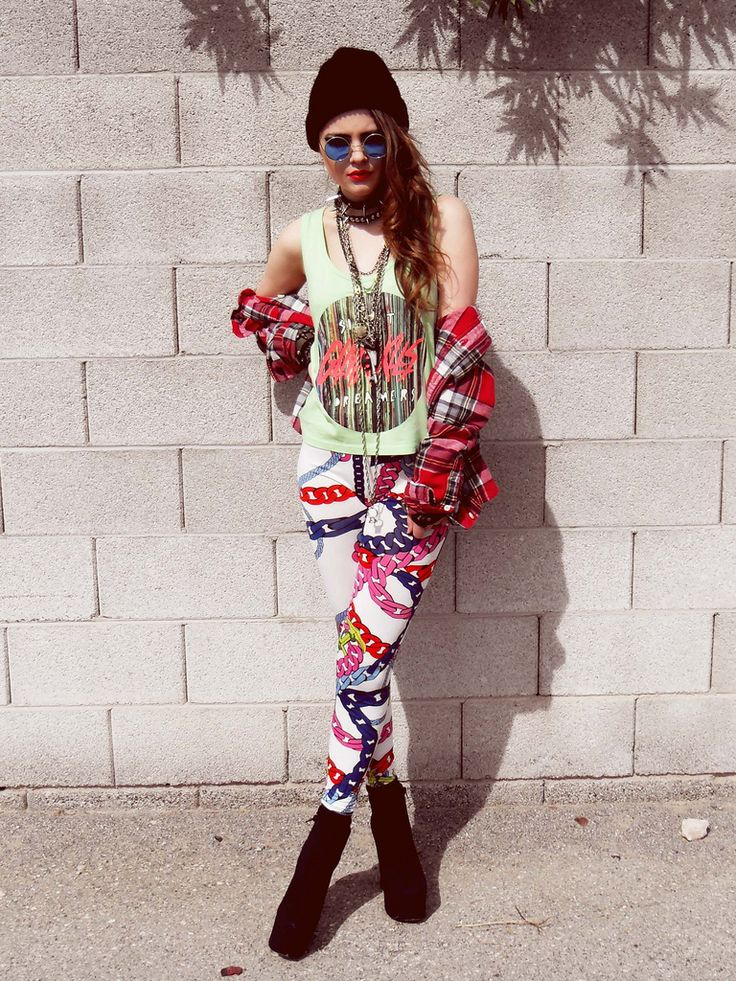 colorful chain leggings - 90s inspired