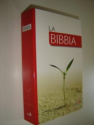 Italian Bible for Catholics with colorful introduction to the Bible / LA BIBBIA Nuovissima Versione Dai Testi Originali