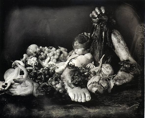 "© Joel-Peter Witkin "" Feast of Fools"" (le Festin des fous), 1990."