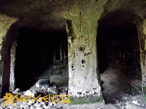 Otranto, cripta bizantina di San Nicola, nella valle delle memorie.