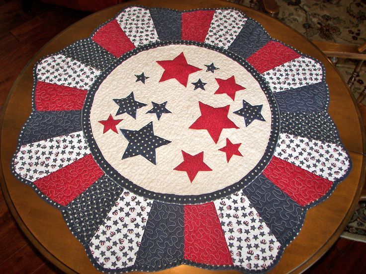 4th of july round quilted table topper quilted table for Round table runner quilt pattern