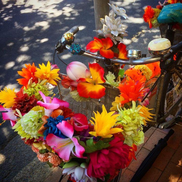 Detail of new flowers on Psychic Sarah's tarot bike