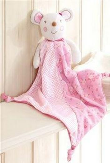 The Rosie Boutique ‏@AnnaBispham  on twitter needs one of these as a replacement for my daughters much loved cuddly - from @nextofficial molly&mia